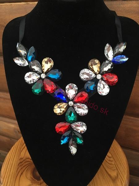324b3a6ab Kvetovaný náhrdelník farebný na stužke | Tvojsen-mido.sk | Hračky ...